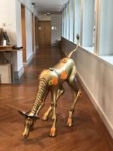 Michel Bosio Artiste le girafon hippie à Evian